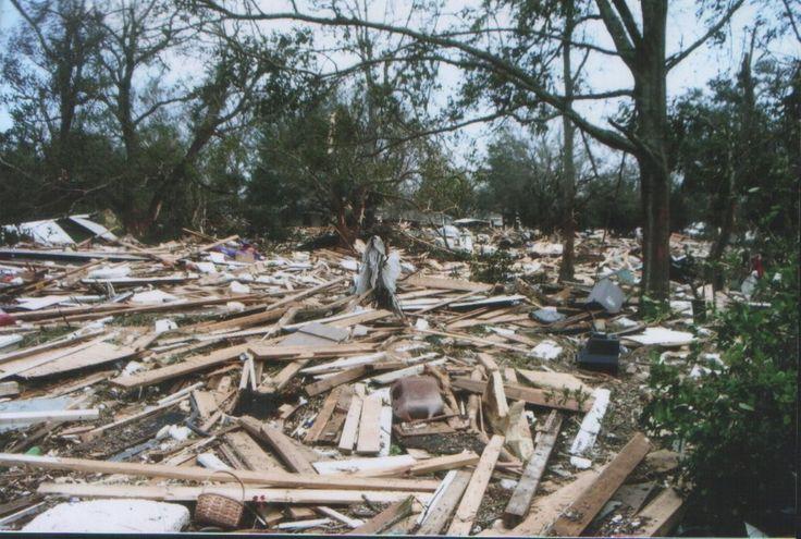 Há dez anos, o litoral sul dos Estados Unidos era atingido por um dos maiores desastres naturais da história do país