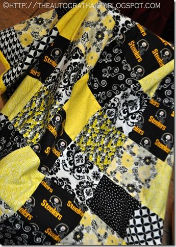 STEELERS QUILT  http://theautocrathaley.blogspot.com/2012/12/pittsburgh-steelers-quilt-throw-blanket.html