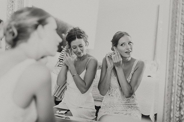 The style of #photography you want might be hard to explain but easier to show. Spend some time browsing the internet, especially bridal websites and blogs and get a clear idea of the style of photography that you would want your #weddingpictures to reflect...goo.gl/BqjPwo