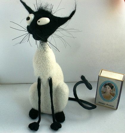 Felted Cat Too, Handmade. This woman's work is amazing.