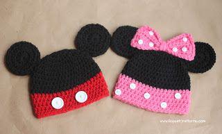 Touca de Crochê Mickey e Minnie receita http://www.repeatcrafterme.com/2012/06/mickey-and-minnie-mouse-crochet-hat.html?spref=bl