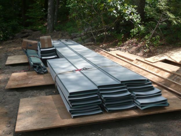 Standing Seam Metal Roof Details, Costs, Colors, And Pros U0026 Cons   Roofing