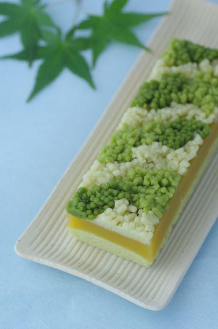 Japanese sweets / 初夏の木立ち