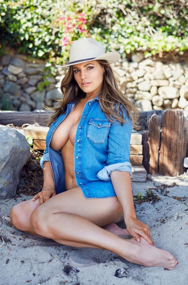 Curvy Kelly Brook puts the Wild in West as she poses in just an unbuttoned denim shirt and a cowboy-style hat. The hot shot comes from her calendar, which is bound to be of interest to chaps.   #Jeremy Parisi #Kelly Brook #Kelly Brook 2017 #Kelly Brook bikini #Kelly Brook nude #Kelly Brook sex #Kelly Brook sexy