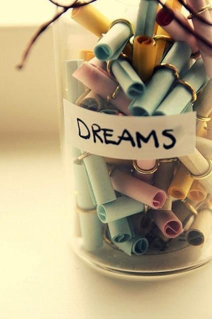 Oh, to actually make this jar with your OWN dreams! Who's in? :)    Found at http://buff.ly/Wo5djG
