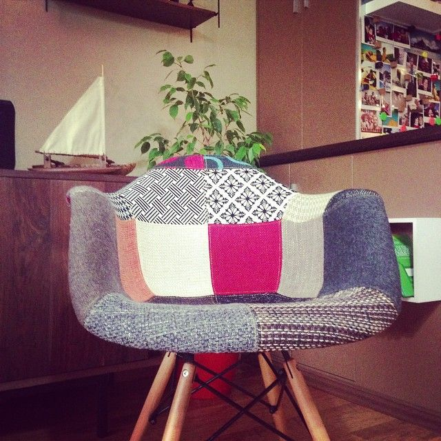1000 images about my home on pinterest vintage bench for Fauteuil eames patchwork