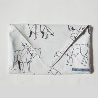How to make an envelope clutch bag - Mollie Makes