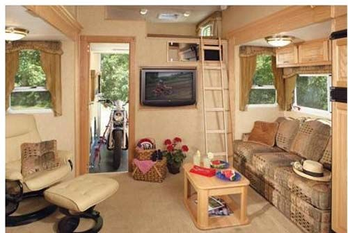 Enclosed Bed Google Search: Toyhauler With Permanent Loft Bed - Google Search