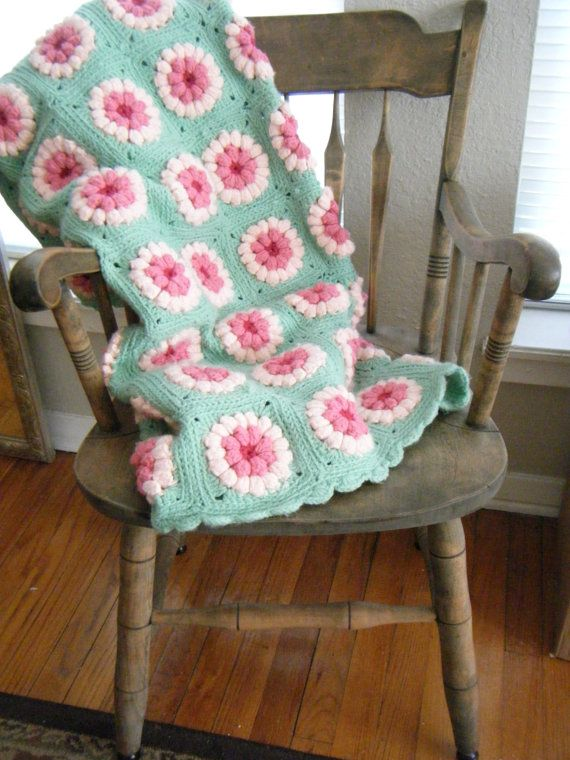 Vintage Sea foam Green and Pink Daisy by GiddyBrightVintage