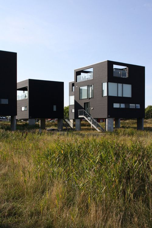 Floating Cube Houses | Arkitema Architects | bcmng