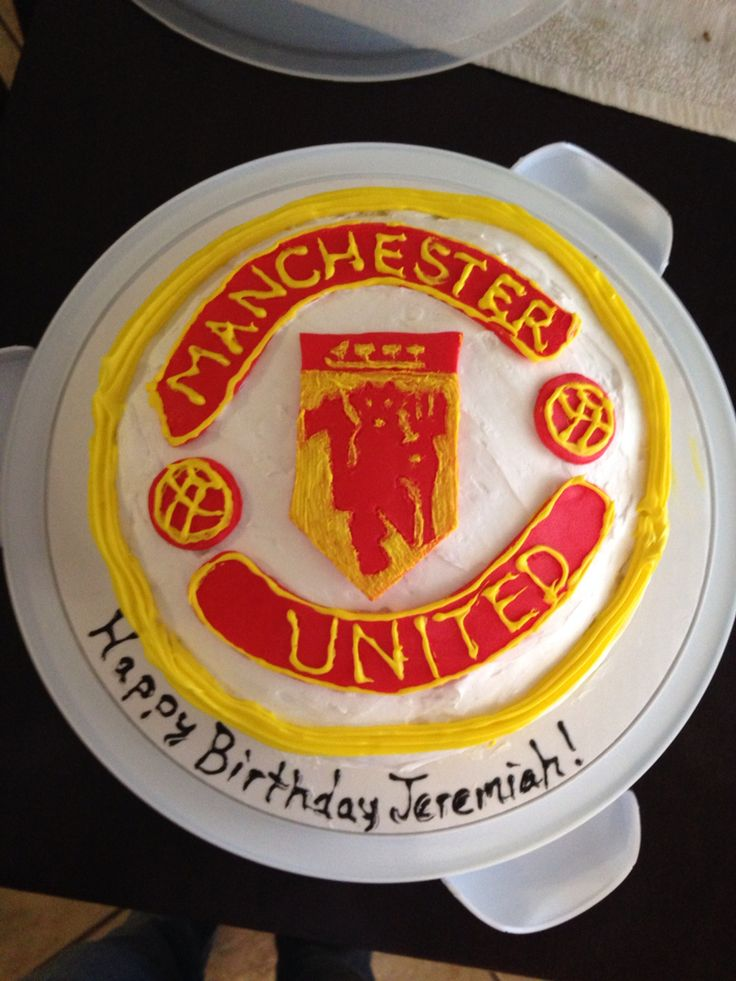 Manchester United cake my stepdaughter and I made for my stepson's birthday party! #soccer #cake #manchesterunited