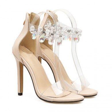 a26a478f8d Sandália Transparente Nude com Cristais - Sandália em couro ecológico com  cristais pendentes na tornozeleira.