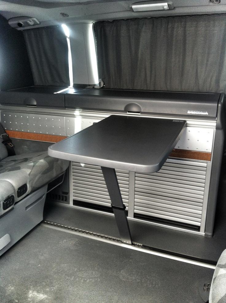 Interior mercedes viano marco polo alquiler furgonetas for Mercedes benz camper van rental