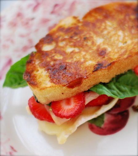Turkey ~Strawberry Panini with Basil, Raspberry Jalapeño Jam & Brie (NOTE: After making this, I preferred lettuce and just one fresh basil leaf in small flakes but it is FABULOUS!)