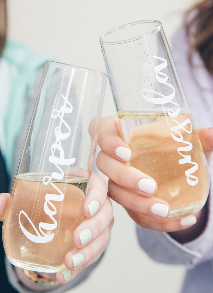 Gifts for every member of your wedding party? Yup, we got 'em.
