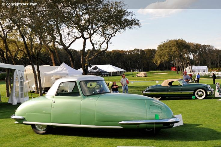 1948 Davis Divan. Back in 1948, it looks like the cars were much more futuristic than they are today (2013).