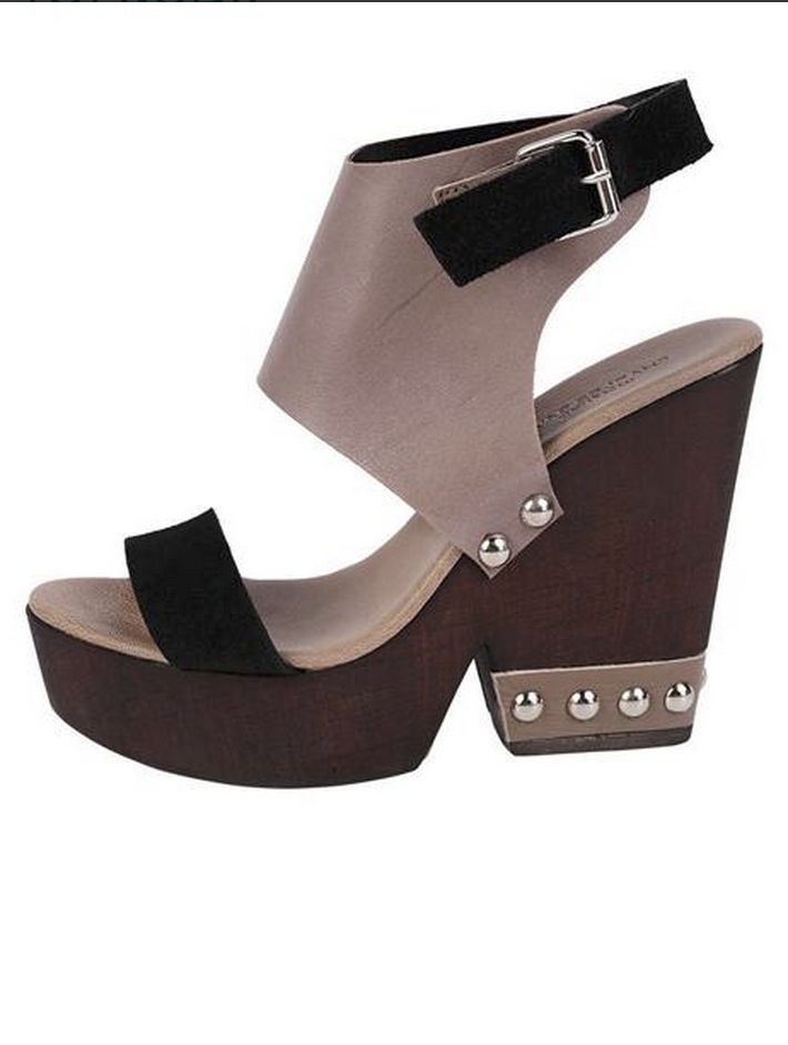 Got our eyes on this fun pair of sandals wedges by Charles David. Perfect for summer parties