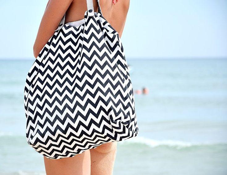 diy bag with leather / diy crafts / návod na výrobu plážové tašky na blogu http://tamarki.cz/vyrobte-si-stylovou-platenou-tasku-pres-rameno/