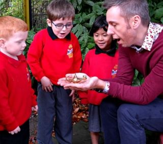 finding a magic lamp hidden in the outdoor area #abcdoes #inspiringteaching #eyfs
