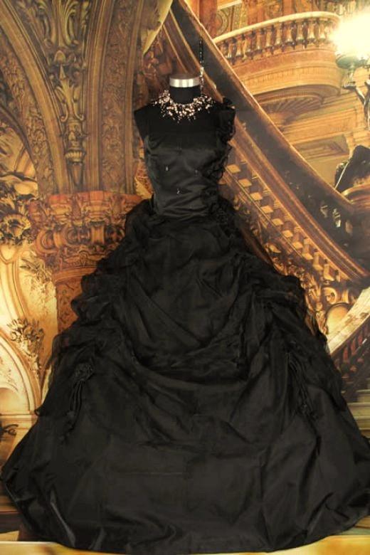 Vestido negro victoriano gothic style dresses pinterest for Vintage gothic wedding dresses