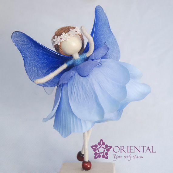 Aqua princesa, azul de la flor de la princesa de la muñeca, Miniature Light Blue Fairy, ornamento del ángel, la luz azul del pétalo de la muñeca, Sin cara de muñeca,