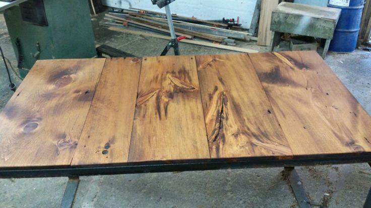 Table Fait De Vieilles Planches De Pin Cr 233 Ation Rustik
