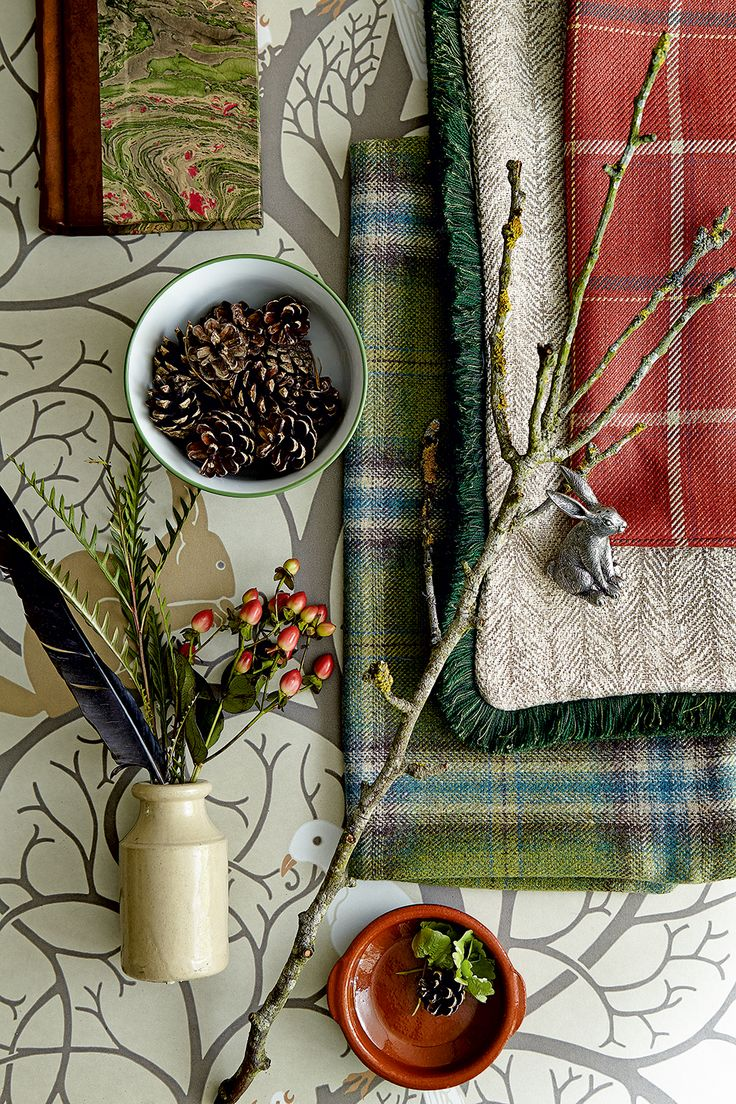 Create texture with woodland inspired accessories