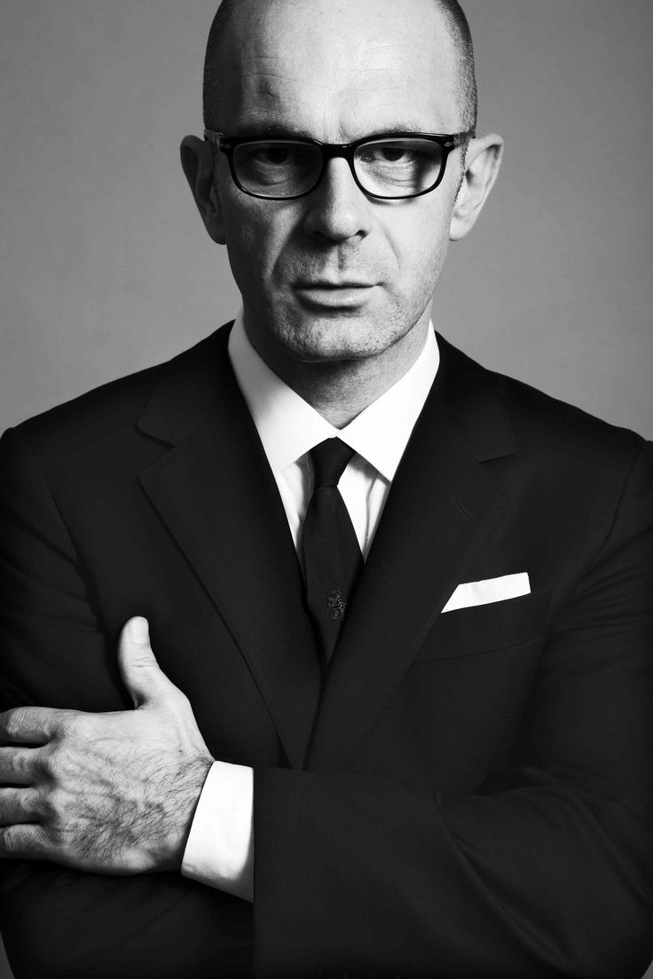 Simon Collins Dean of Parsons School of Fashion  Announces departure