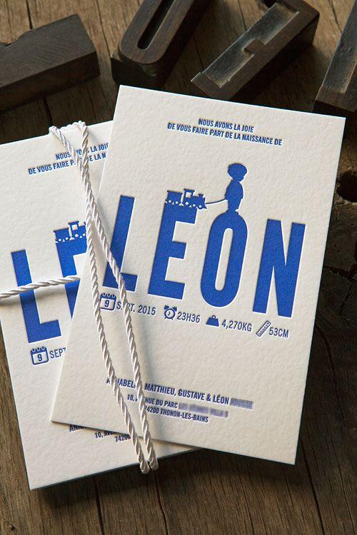 Faire-part de naissance bleu outremer / letterpress birth announcement printed in Klein blue