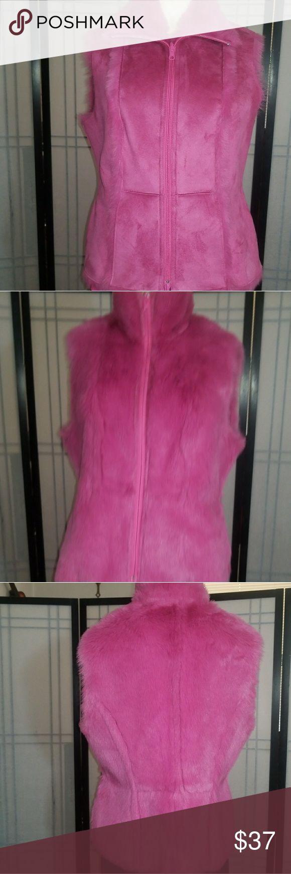 9 West Reversible Vest Reversible 9 West vest faux Fur and Suede. NWOT. Nine West Jackets & Coats Vests