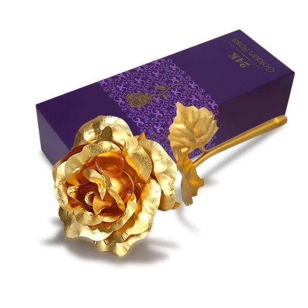This 24K Golden Rose :O  #rose #flowers #gold #goldenrose #gold #valentinesday #perfect #gift #giftforher #valentines2018 #shewantsit #iwantit #giftideas