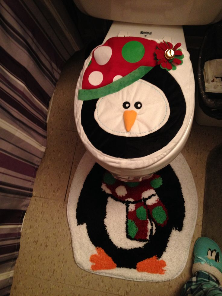 My holiday toilet seat cover