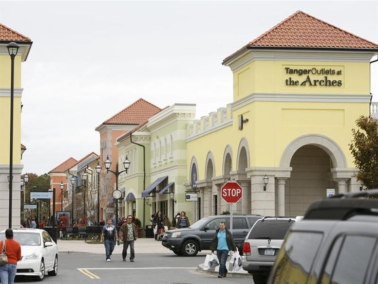 Tanger Outlets At The Arches is located in the heart of Deer Park right off of I The Outlets features over 85 shops, dining and Regal Cinemas. The LIRR even offers a special package deal with the outlets that provides a shuttle service to and from The Arches.7/10().