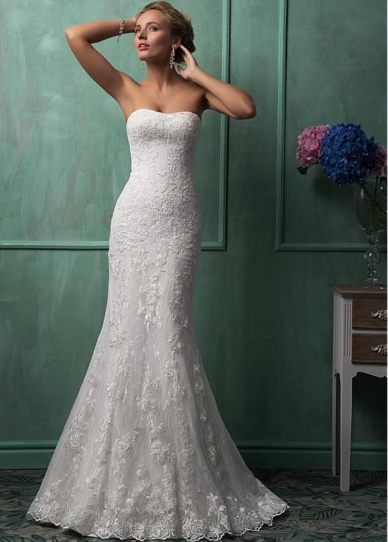 Elegant Tulle Strapless Neckline Natural Waistline Mermaid Wedding Dress With Lace Appliques