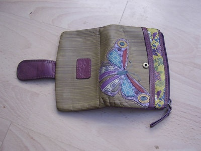 Fossil purse: Fossils Long Living, Fossil Purses, Fossils Purses