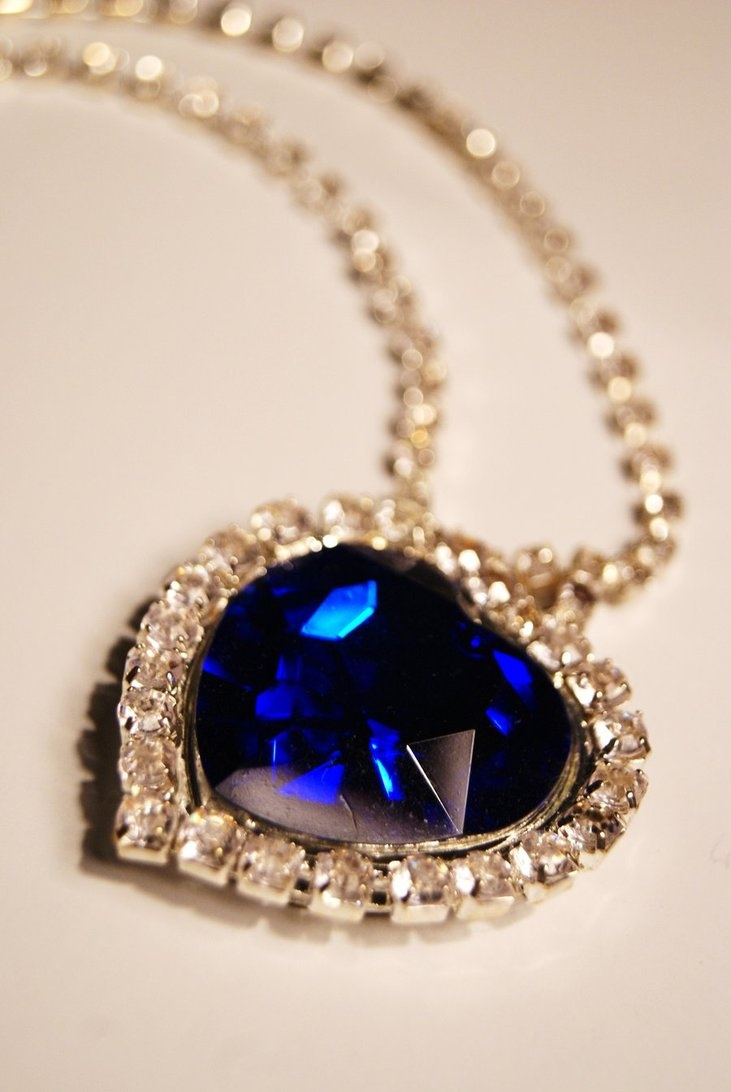 blue diamond necklace from the movie titanic pinterest. Black Bedroom Furniture Sets. Home Design Ideas