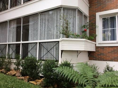 Apartamento Gramado Centro Gramado (Rio Grande do Sul) Apartamento Gramado Centro is located in central Gramado. This self-catering accommodation features free WiFi. The property is 450 metres from Festivals Palace and 150 metres from Knorr Park - the Santa Klaus City.
