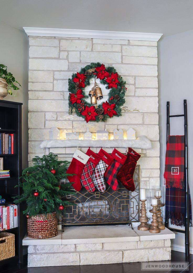 Christmas mantel decorating ideas CHRISTMAS Pinterest