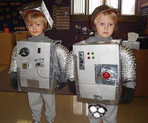 Halloween costumes?: Robots Diy, Halloween Costumes Ideas, Boys Diy Crafts, Dresses Up, Diy Halloween Costumes, Halloween Costumes Boys, Robots Costumes, Halloween Dresses, Art Halloween