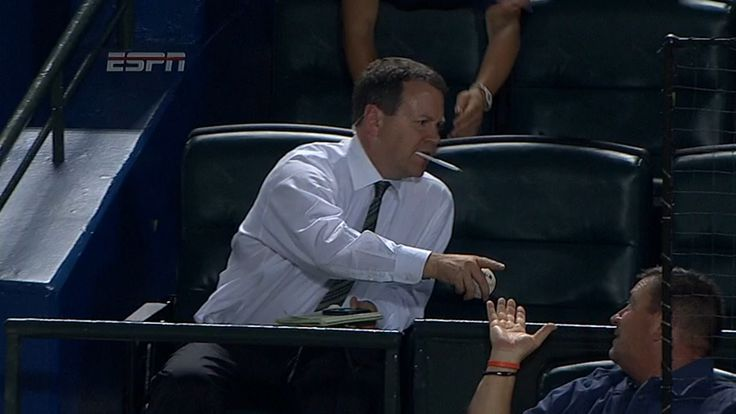 ESPN's Buster Olney steals the spotlight at Braves game