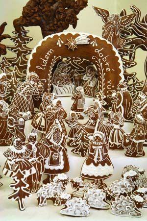K charakteristickým rekvizitám stredoeurópskych Vianoc patrí - okrem vyzdobeného a rozsvieteného vianočného stromčeka, imela, vyprážaného kapra - aj miniatúrny betlehem, spodobujúci výjav z azda najvýznamnejšej historickej udalosti kresťanského sveta.