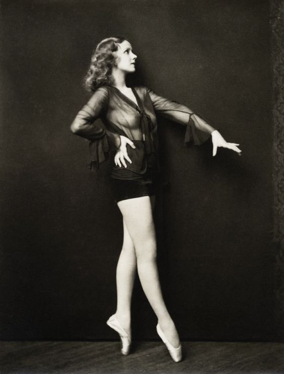Ziegfeld Follies Girls : Muses, It Women The Red List