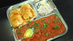 Juhu Beach Original Pav Bhaji Recipe - A very very popular Indian recipe which started as a Mumbai road side recipe and its is popular all across India.