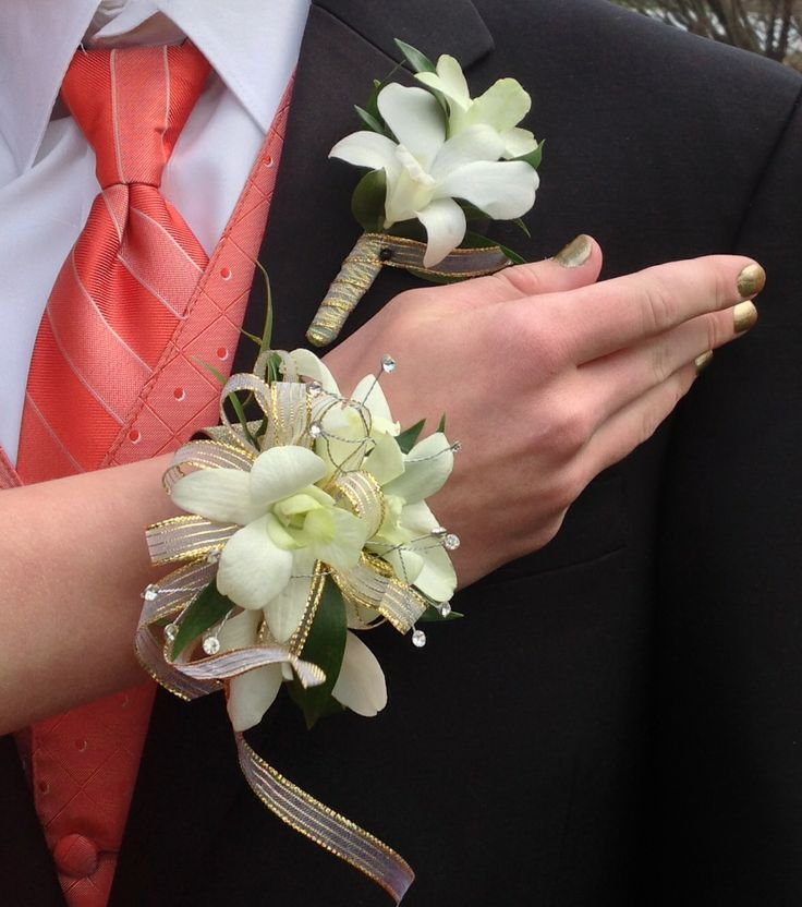 So Pretty Dendrobium Orchid Corsage And Matching