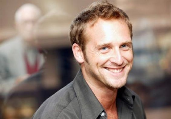Josh Lucas, please divorce your wife and marry me!!!