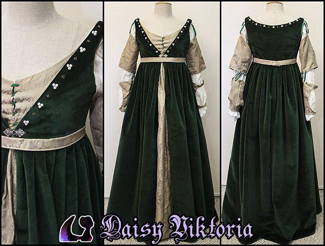 » Green Velvet Venetian Renaissance Gown Faerie Queen Costuming