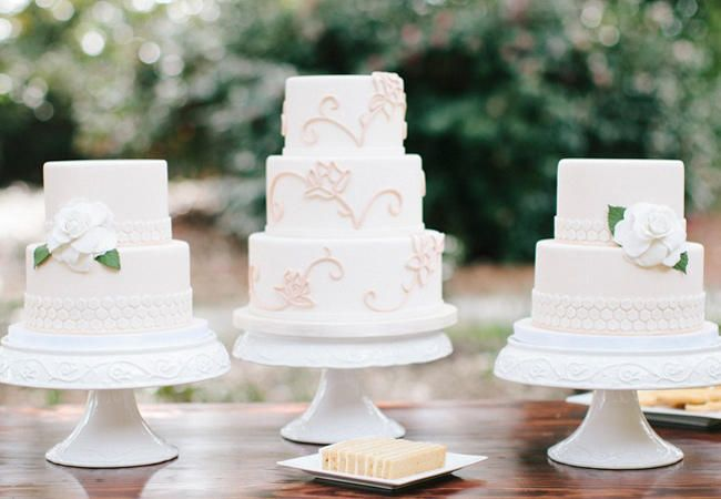 Top 20 Most Amazing Wedding Cakes of 2013   TheKnot.com
