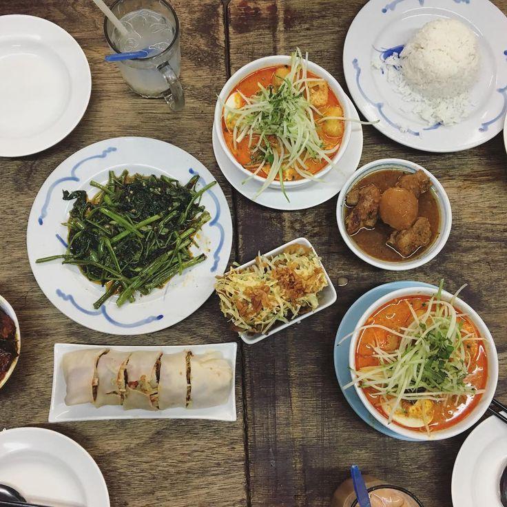クアラルンプール/マレーシア���� #malaysia #kualalumpur #asia #asianfood #foodstagram #asianfood #worldfood #travel #training #backpacker #asianphotography #iphone #instapic #instagram #japanese #マレーシア #アジア #クアラルンプール #マレーシア料理 #世界のご飯 #しずしず #バックパッカー http://tipsrazzi.com/ipost/1512478669870803447/?code=BT9Z1Y4ASn3