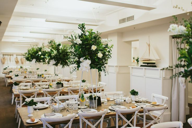 Aaron and Nicolas's Wedding Reception was styled by the talented Blessed Days - chic, fresh and floral!  Photography: David Campbell Imagery