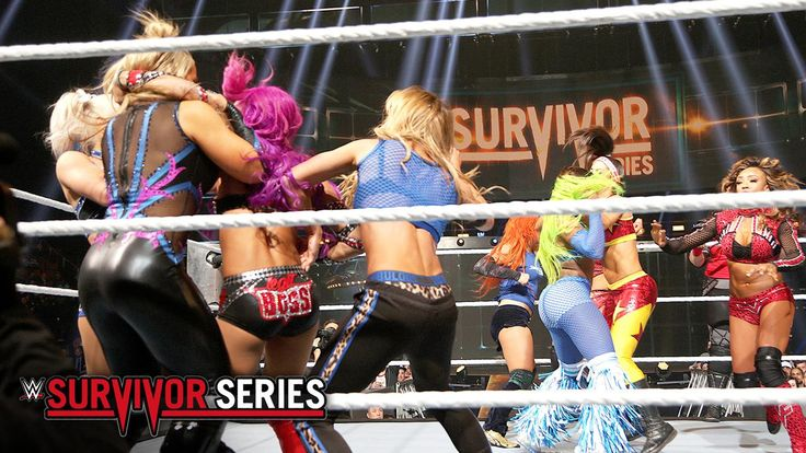 Team WWE Raw may have some teamwork issues at WWE Survivor Series on WWE Network, but Nia Jax showed she can be a unifying force -- all by herself!